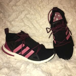 ADIDAS black and maroon and pink